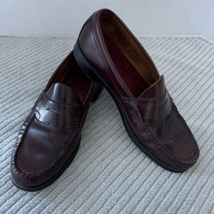 G. H. Bass Weejuns Penny Loafers Size 8